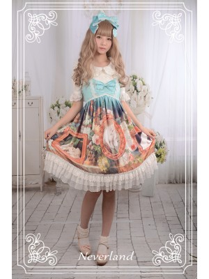 Kitty Courtyard High-waisted Short Jumperskirt