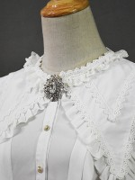 +Mercédes+ Retro Court Lace Peaked Collar Blouse 002